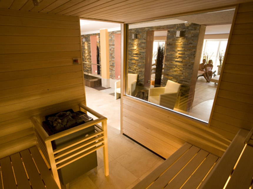 https://bilder.touridat.de/15295/8641/15295-8641-05-Sauna-01