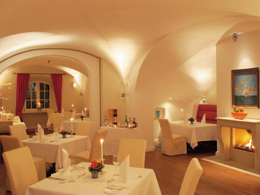 https://bilder.touridat.de/15297/4871/15297-4871-04-Restaurant