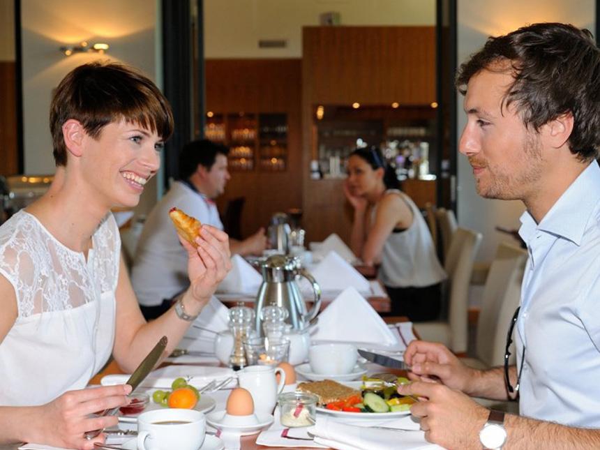 https://bilder.touridat.de/15297/4872/15297-4872-05-Restaurant