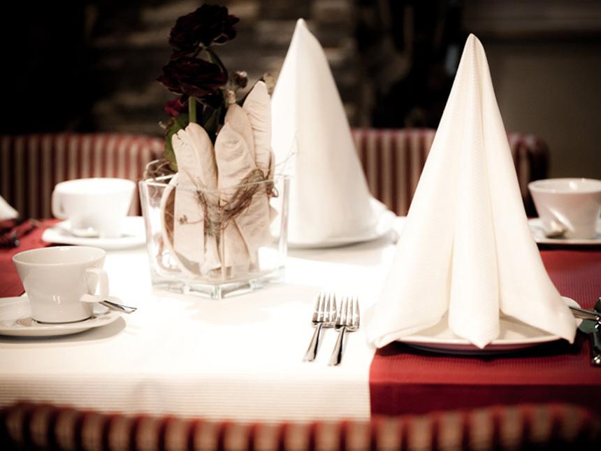 https://bilder.touridat.de/15304/4974/15304-4974-09-Restaurant-01