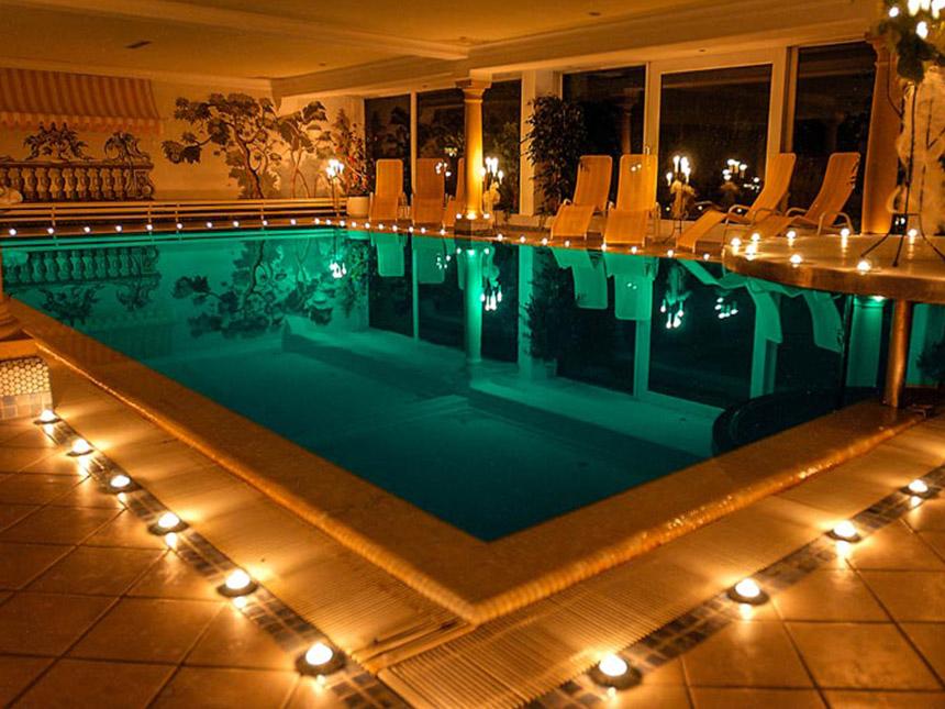 https://bilder.touridat.de/15306/4959/15306-4959-03-Pool