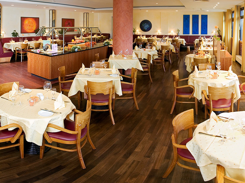 https://bilder.touridat.de/15307/5032/15307-5032-04-Restaurant