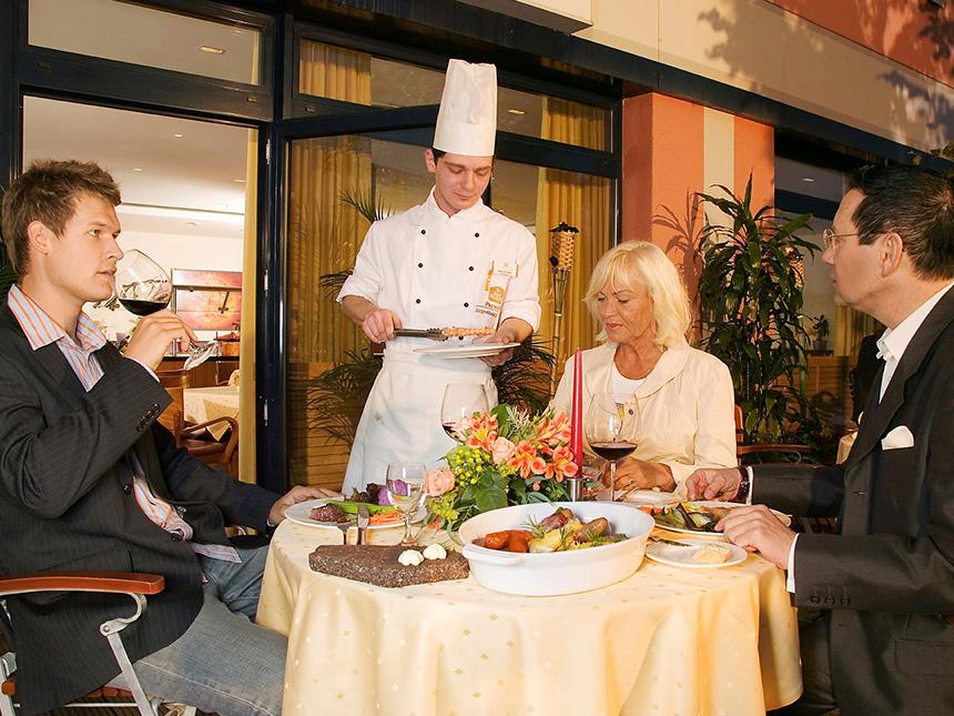https://bilder.touridat.de/15307/5032/15307-5032-05-Restaurant--01