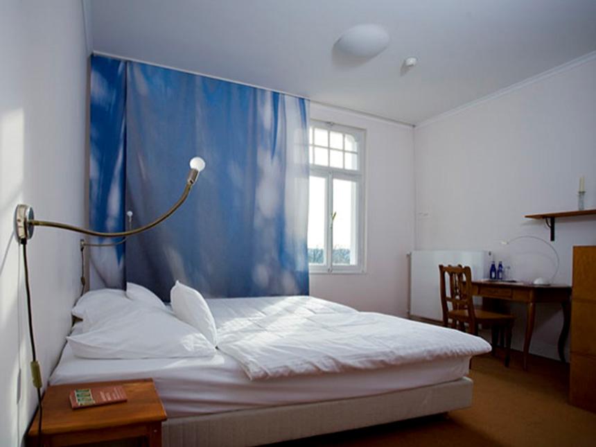 https://bilder.touridat.de/15325/5382/15325-5382-09-Zimmer