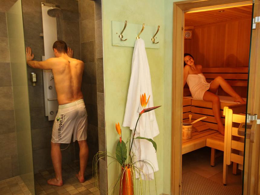 https://bilder.touridat.de/15347/5421/15347-5421-12-Sauna