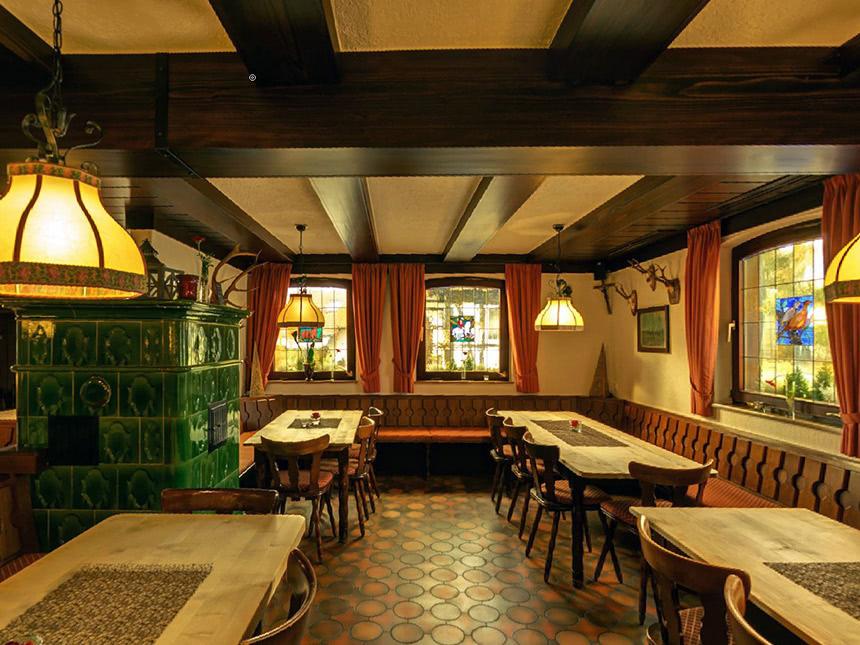 https://bilder.touridat.de/15352/7788/15352-7788-03-Restaurant