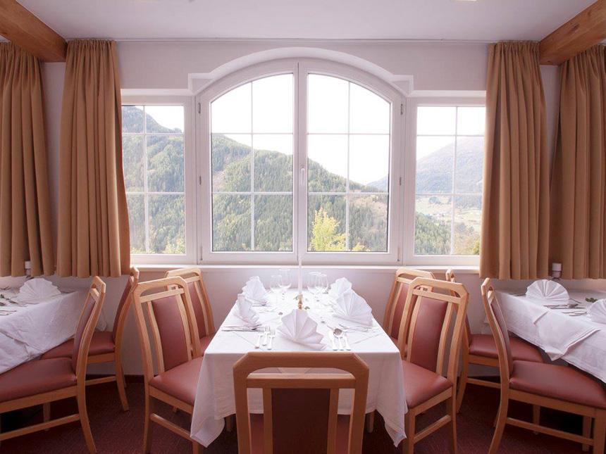 https://bilder.touridat.de/15364/5512/15364-5512-05-Restaurant