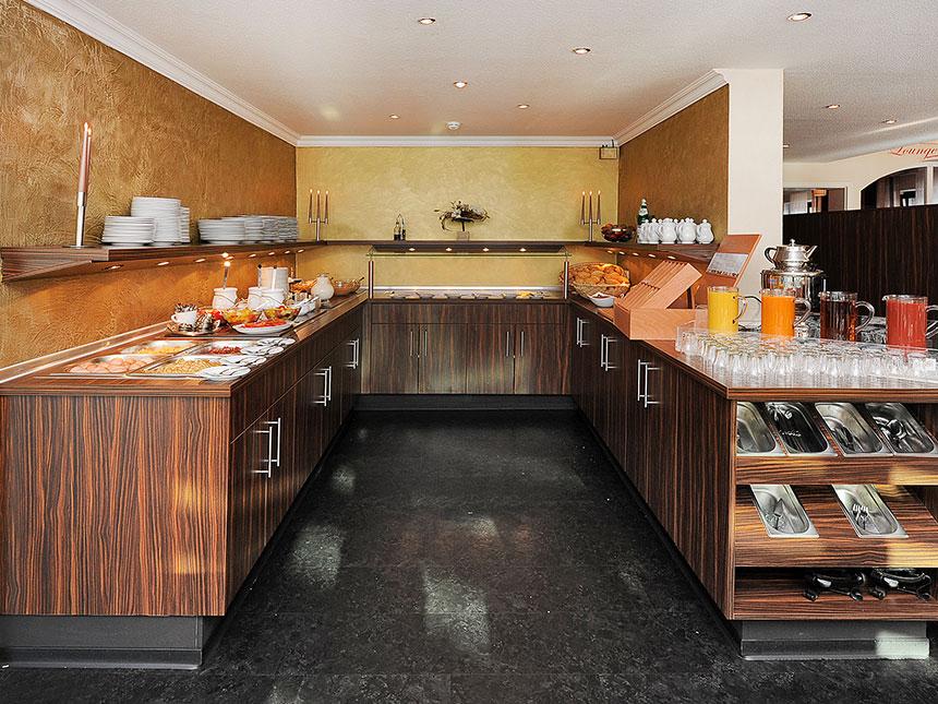 https://bilder.touridat.de/15397/7045/15397-7045-06-Restaurant