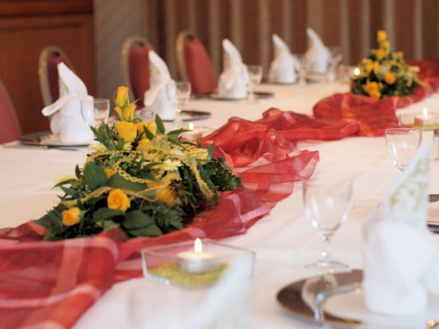 https://bilder.touridat.de/15403/5756/15403-5756-07-Restaurant