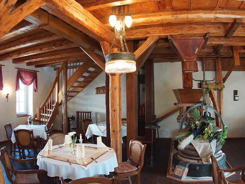 https://bilder.touridat.de/15407/5797/15407-5797-02-Restaurant
