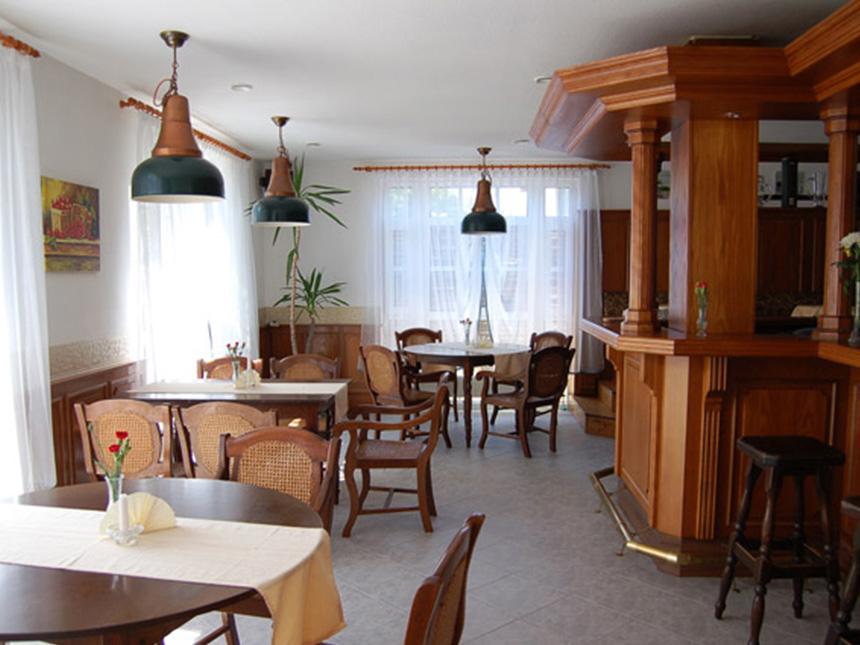 https://bilder.touridat.de/15407/5797/15407-5797-04-Restaurant