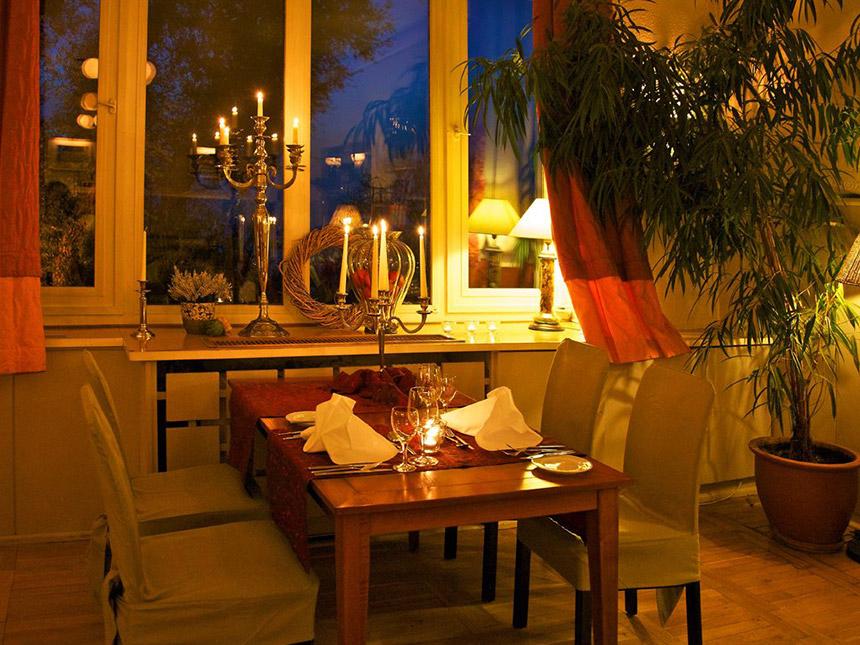 https://bilder.touridat.de/15412/7306/15412-7306-04-Restaurant
