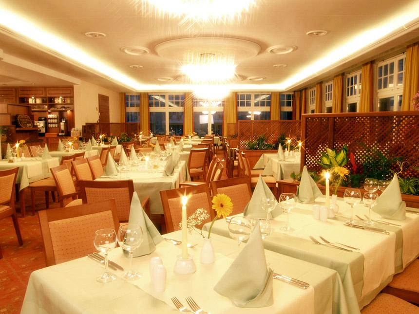 https://bilder.touridat.de/15431/5897/15431-5897-05-Restaurant
