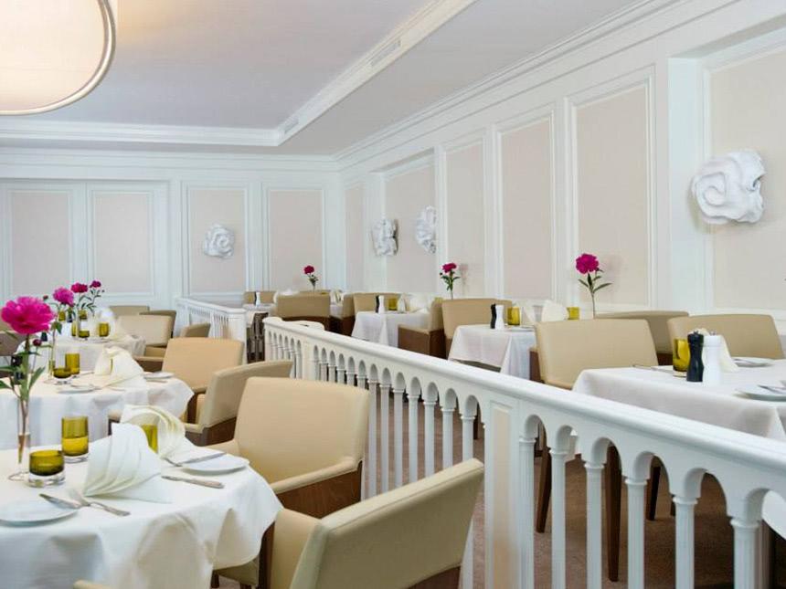 https://bilder.touridat.de/15462/6037/15462-6037-10-Restaurant-01