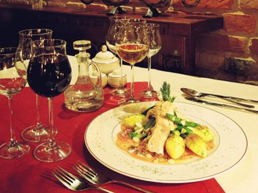 https://bilder.touridat.de/15475/6190/15475-6190-08-Restaurant