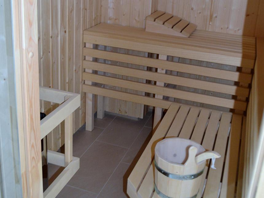https://bilder.touridat.de/15540/6401/15540-6401-08-Sauna