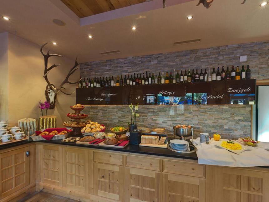 https://bilder.touridat.de/15735/6609/15735-6609-08-Restaurant