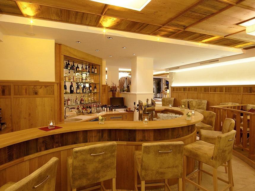 https://bilder.touridat.de/15735/6609/15735-6609-13-Restaurant