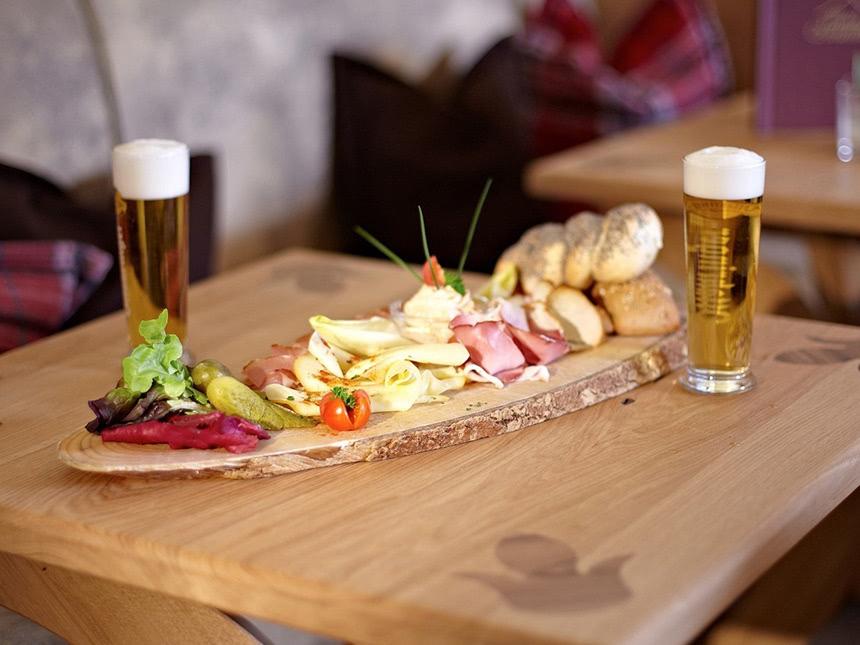 https://bilder.touridat.de/15735/6609/15735-6609-14-Restaurant