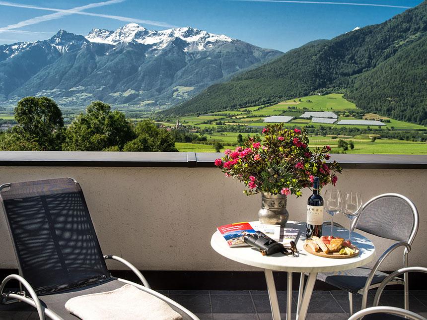 https://bilder.touridat.de/15951/6680/15951-6680-18-Balkon