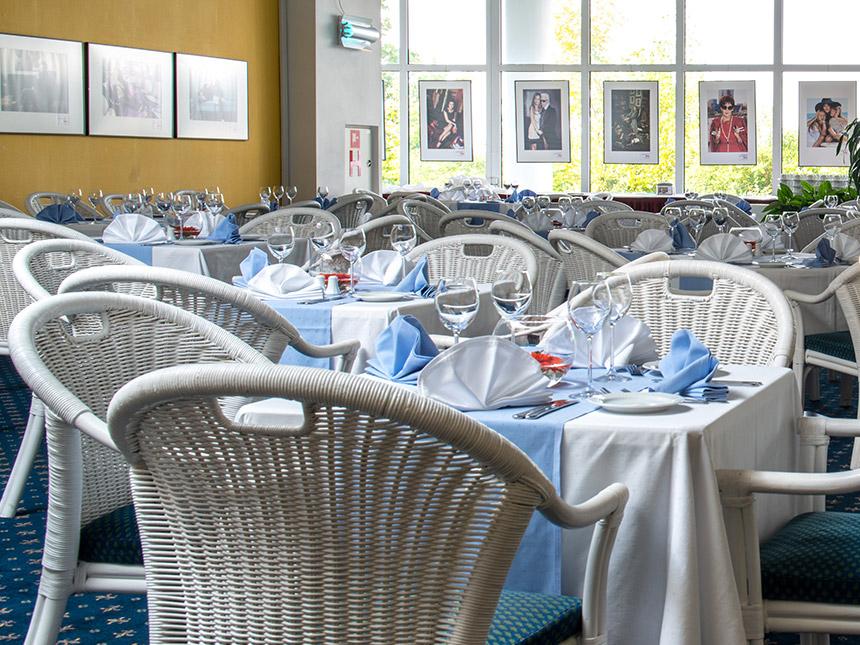 https://bilder.touridat.de/15974/7678/15974-7678-04-Restaurant-01