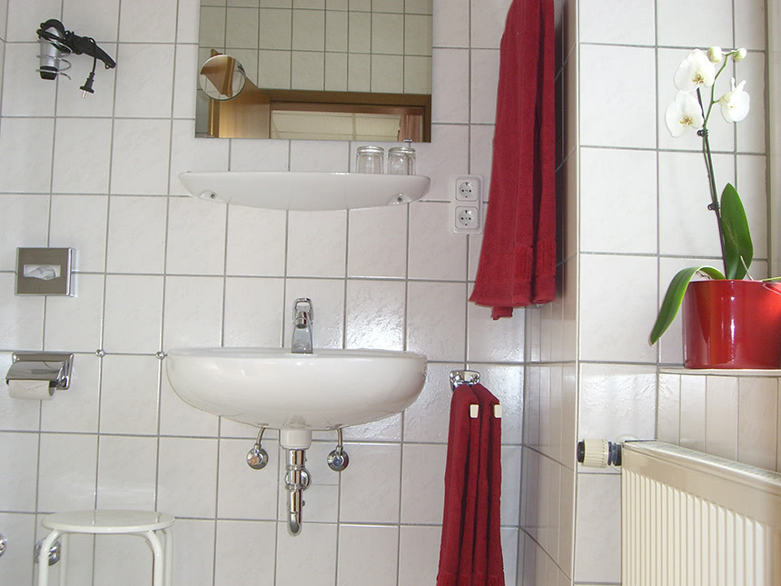 https://bilder.touridat.de/16134/7071/16134-7071-08-Bad