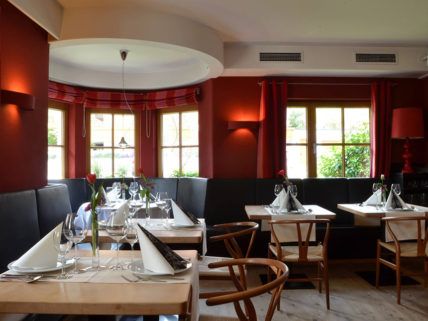 https://bilder.touridat.de/16174/8490/16174-8490-04-Restaurant