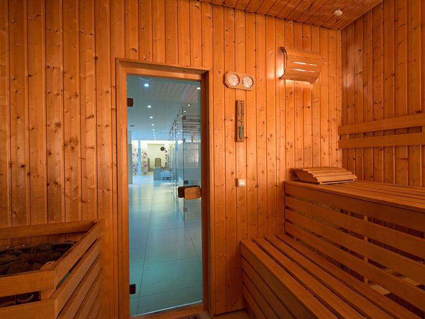 https://bilder.touridat.de/16362/7538/16362-7538-12-Sauna
