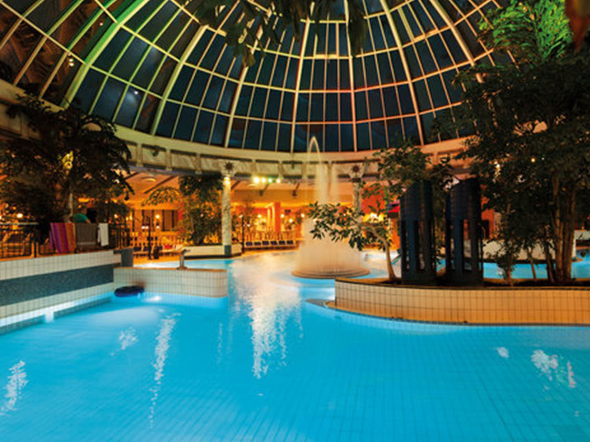https://bilder.touridat.de/16397/6899/16397-6899-09-Therme-01