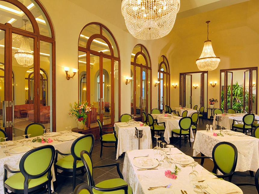 https://bilder.touridat.de/16694/7396/16694-7396-03-Restaurant