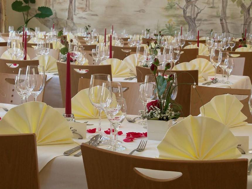 https://bilder.touridat.de/17027/7317/17027-7317-04-Restaurant
