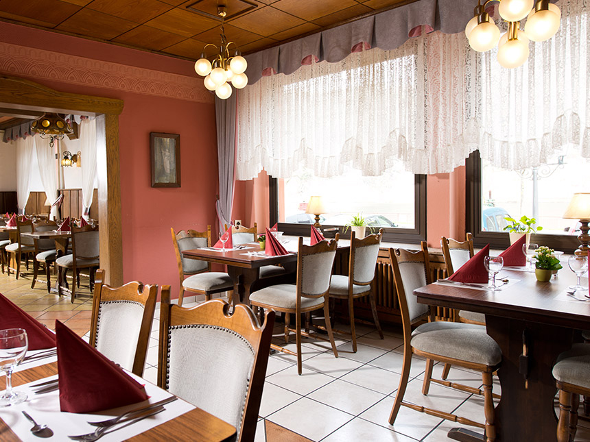 https://bilder.touridat.de/17092/7258/17092-7258-06-Restaurant