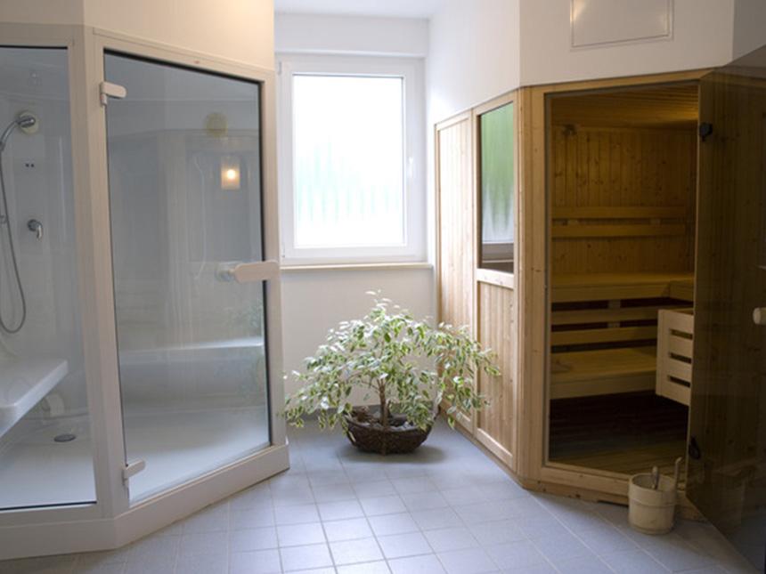 https://bilder.touridat.de/17116/8317/17116-8317-09-Sauna