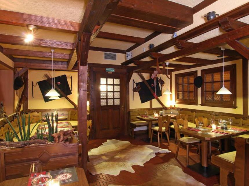 https://bilder.touridat.de/17129/7269/17129-7269-03-Restaurant-01