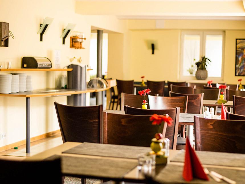 https://bilder.touridat.de/17331/7298/17331-7298-03-Restaurant-01
