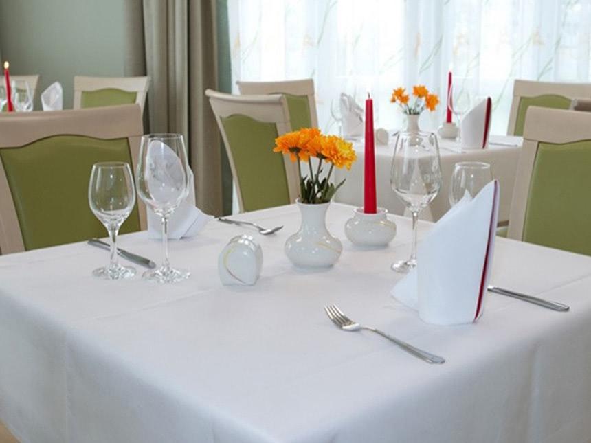https://bilder.touridat.de/17337/7494/17337-7494-06-Restaurant-02