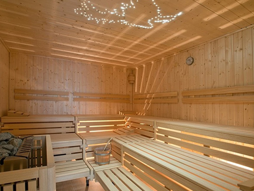 https://bilder.touridat.de/17337/7494/17337-7494-10-Sauna