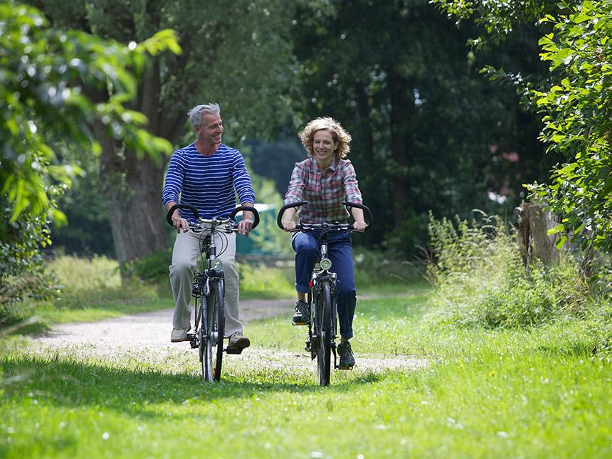 https://bilder.touridat.de/17415/7388/17415-7388-13-Fahrrad-paar