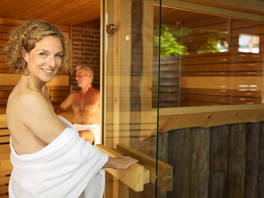 https://bilder.touridat.de/17415/7446/17415-7446-10-Sauna