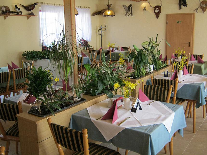 https://bilder.touridat.de/17509/7368/17509-7368-05-Restaurant-02