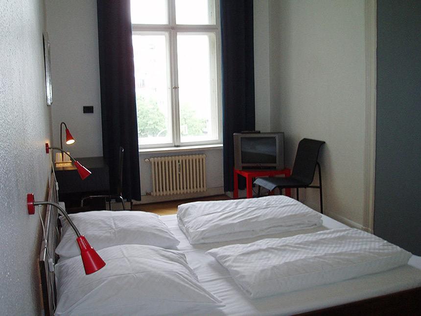 https://bilder.touridat.de/17695/7616/17695-7616-05-Zimmer