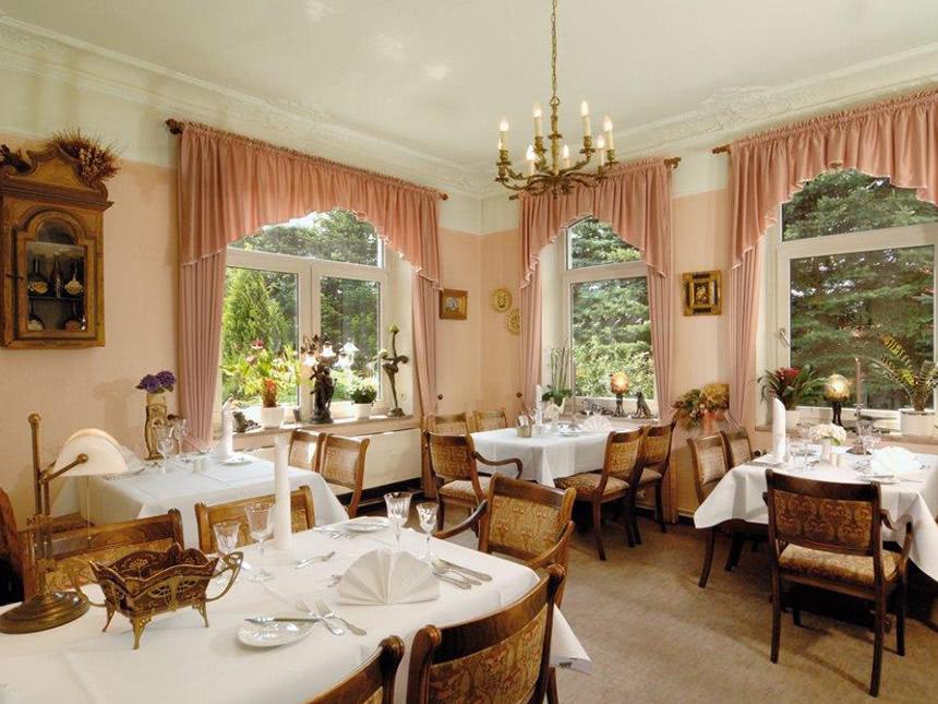 https://bilder.touridat.de/17726/7453/17726-7453-03-Restaurant-01
