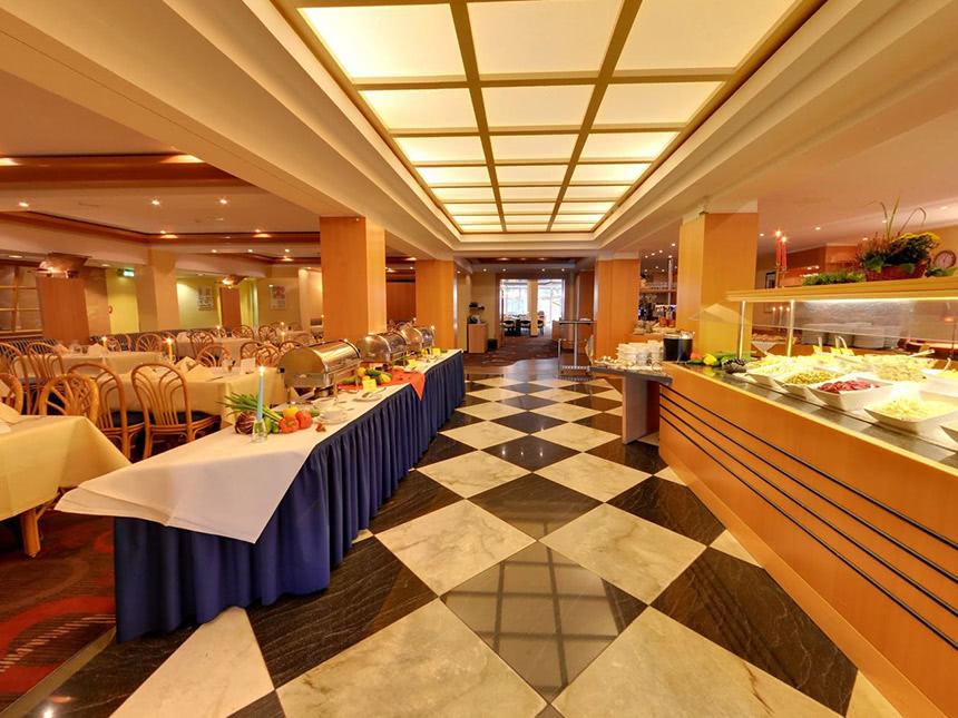 https://bilder.touridat.de/17801/7629/17801-7629-03-Restaurant