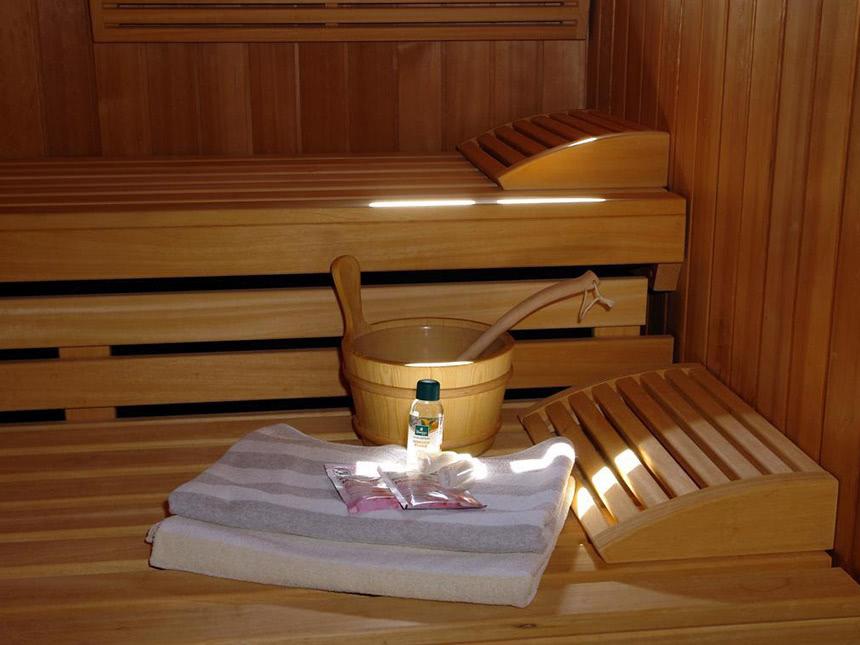 https://bilder.touridat.de/17917/8228/17917-8228-09-Sauna