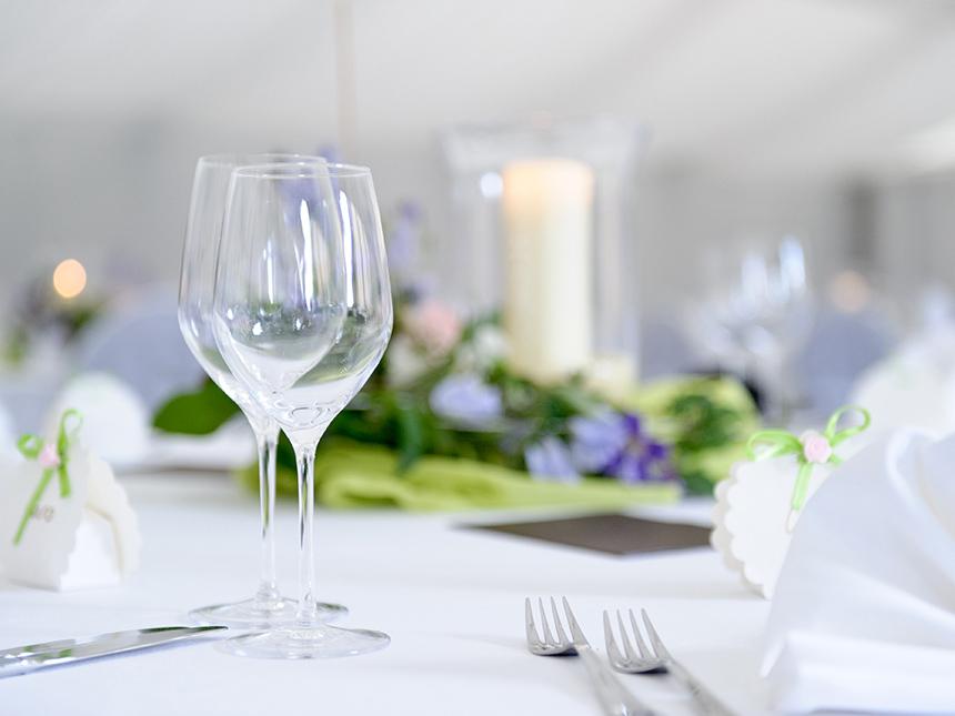 https://bilder.touridat.de/17958/7606/17958-7606-05-Restaurant
