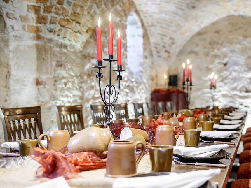 https://bilder.touridat.de/17958/7606/17958-7606-06-Restaurant