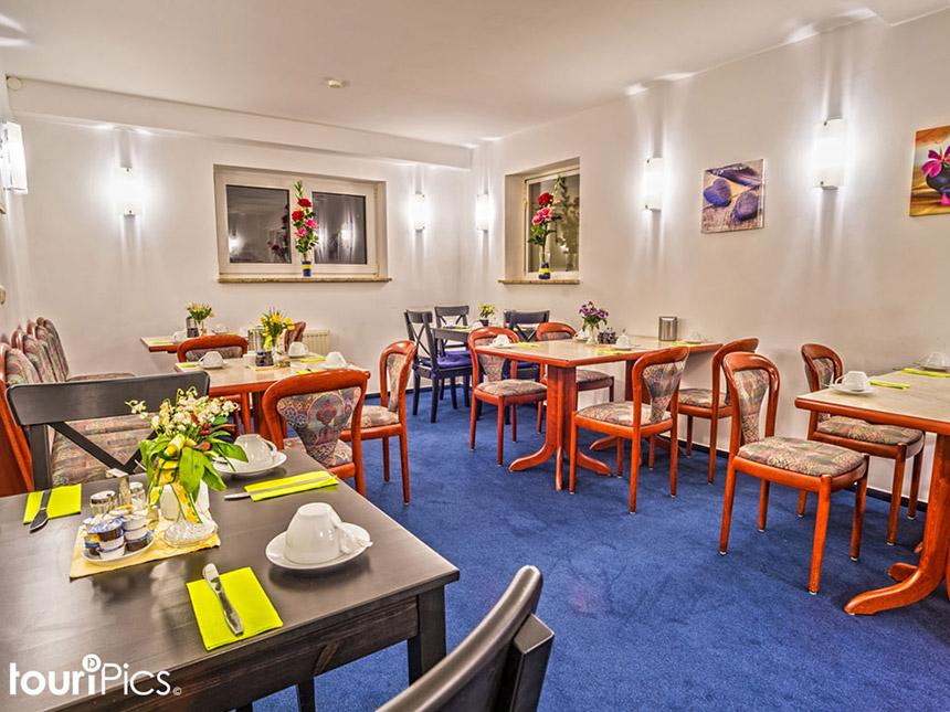 Hamburg 3 tage st dtereise hotel altenwerder hof gutschein for Stadtereise hamburg