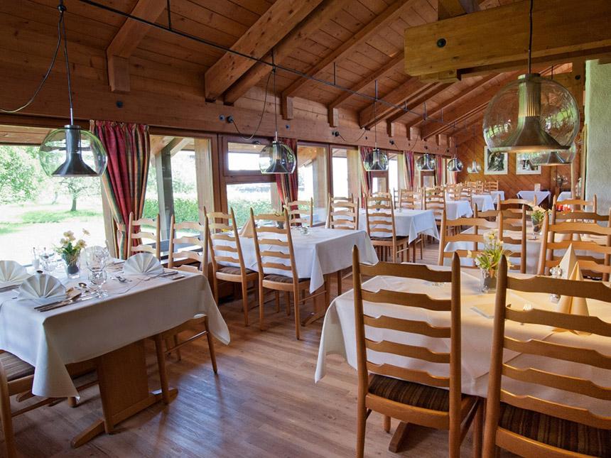 https://bilder.touridat.de/18030/8484/18030-8484-04-Restaurant-02