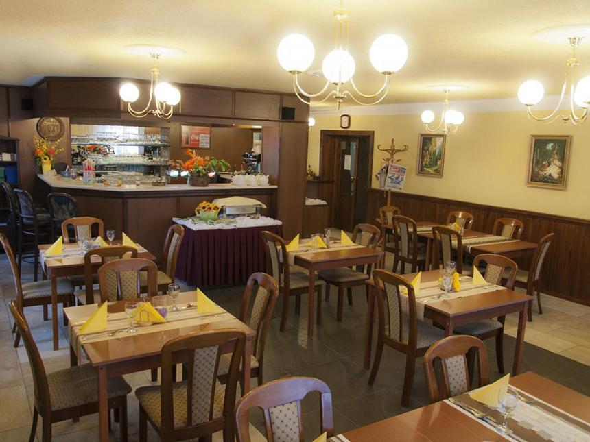 https://bilder.touridat.de/18386/7709/18386-7709-04-Restaurant