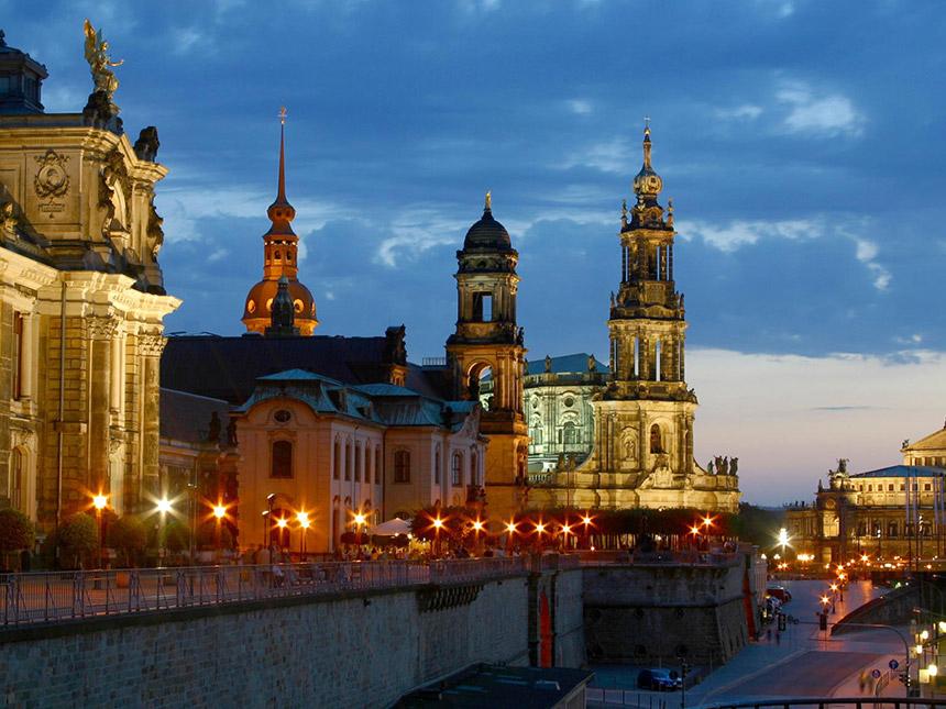 https://bilder.touridat.de/18627/8301/18627-8301-17-Dresden